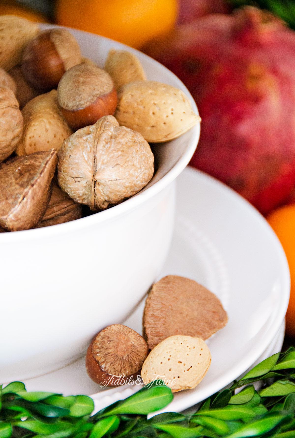 TIDBITS&TWINE-Nuts-and-Pomegranates-Christmas-2015