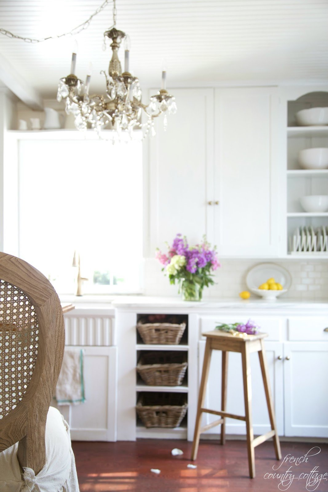 {Kitchen via French Country Cottage}