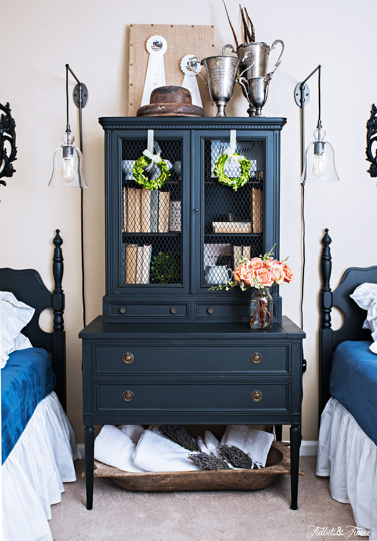 TIDBITS-&-TWINE-Black-Secretary-Guest-Bedroom