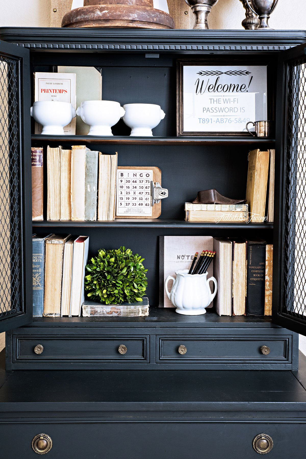 TIDBITS-&-TWINE-Styling-a-Bookcase-with-Vintage-Finds