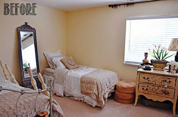 Tidbits&Twine-Guest-Room-BEFORE