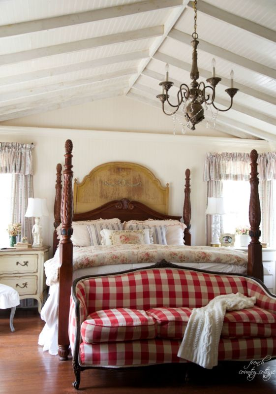 {via French Country Cottage}