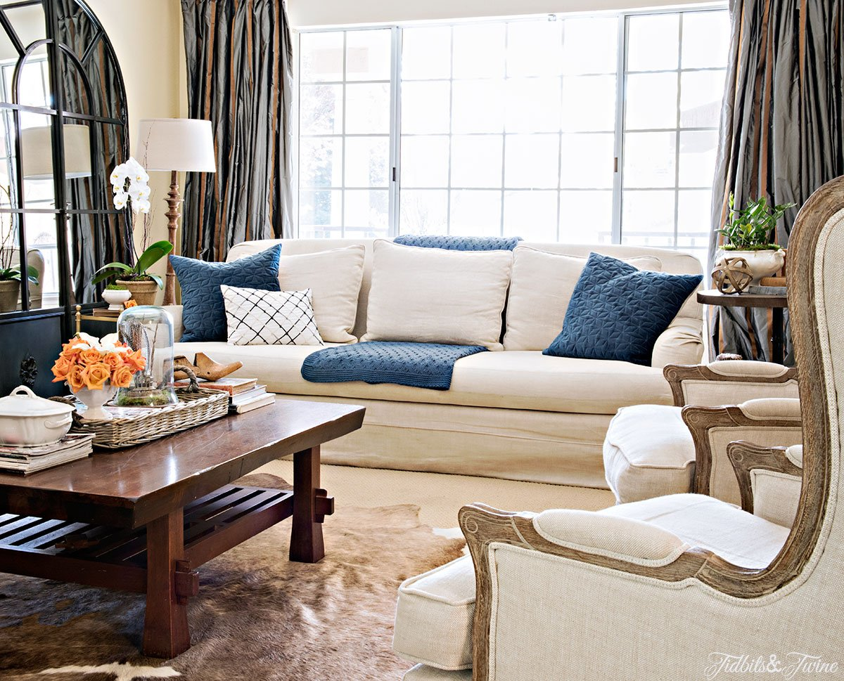 Tidbits&Twine-Spring-2015-Living-Room