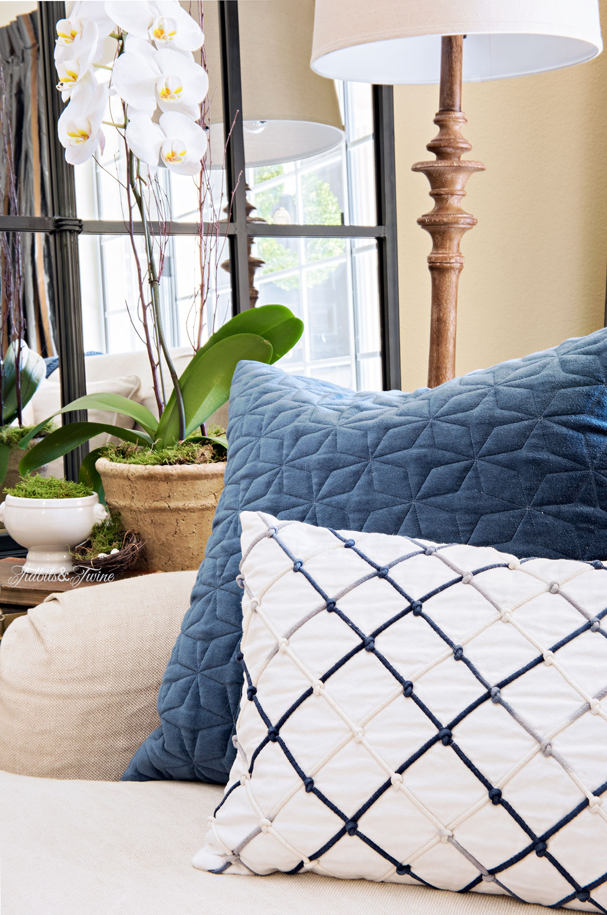 Tidbits&Twine-Spring-2015-Living-Room_Tidbits&Twine-Spring-2015-Living-Room-Blue-and-White-Pillows