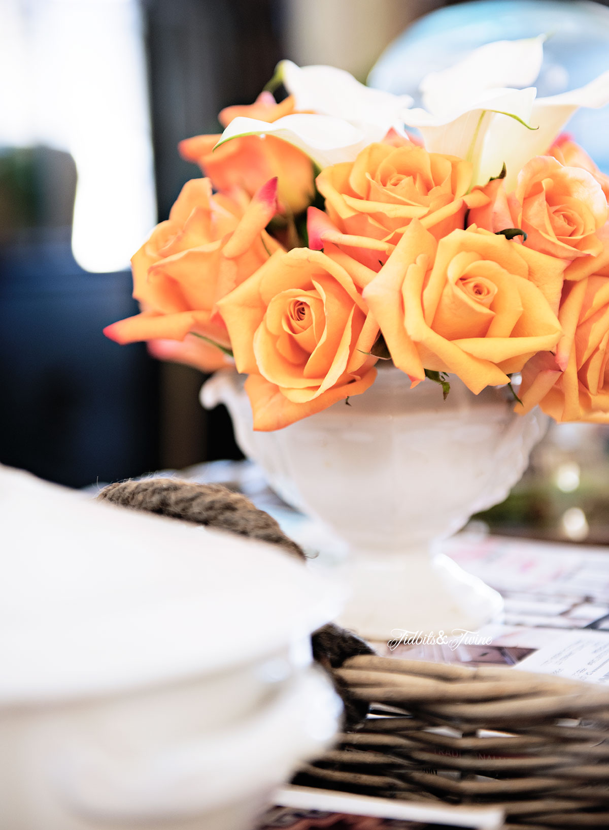 Tidbits&Twine-Spring-Coffee-Table-Roses