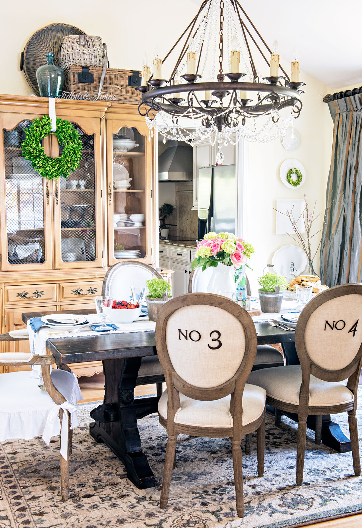TIDBITS&TWINE Spring 2016 Dining Room Tour