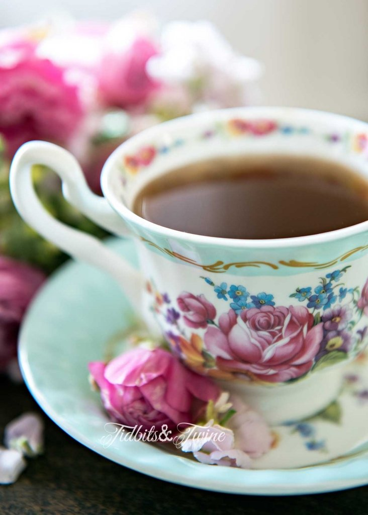 Tidbits&Twine-Vintage-Teacup-and-Flowers-2-Site