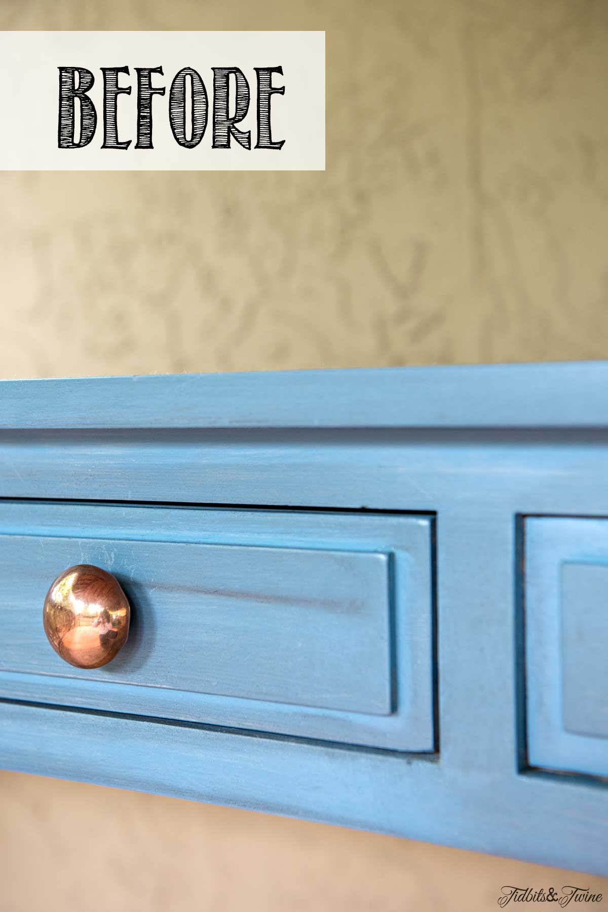 Tidbits&Twine-Console-Table-Copper-Knobs-BEFORE-Site