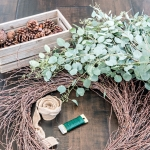 a simple diy fall wreath using eucalyptus
