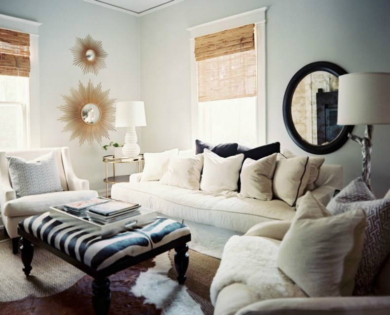 Beach style living room small scale decorating ideas