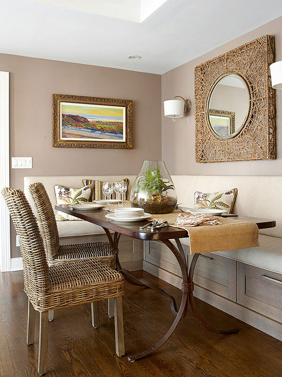 Small kitchen dining decorating ideas with a banquette