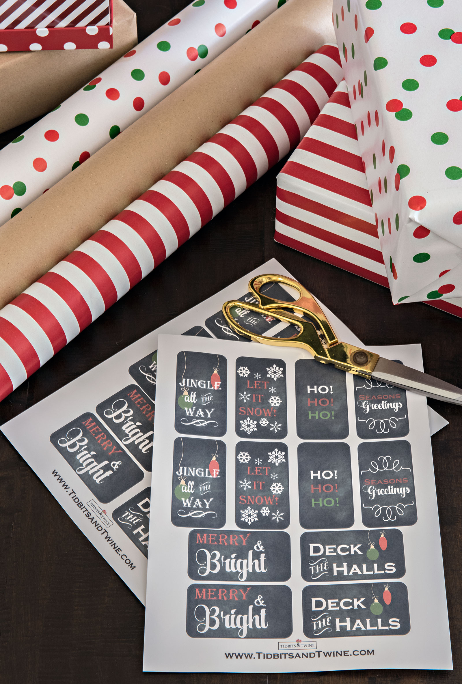 Free printable Christmas gift tags from Tidbits&Twine