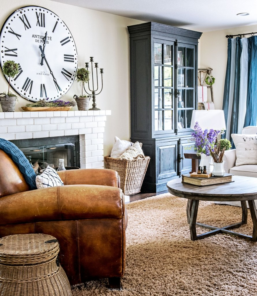 Tidbits&Twine Spring Family Room Tour