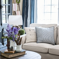French Farmhouse Family Room with EKTORP sectional