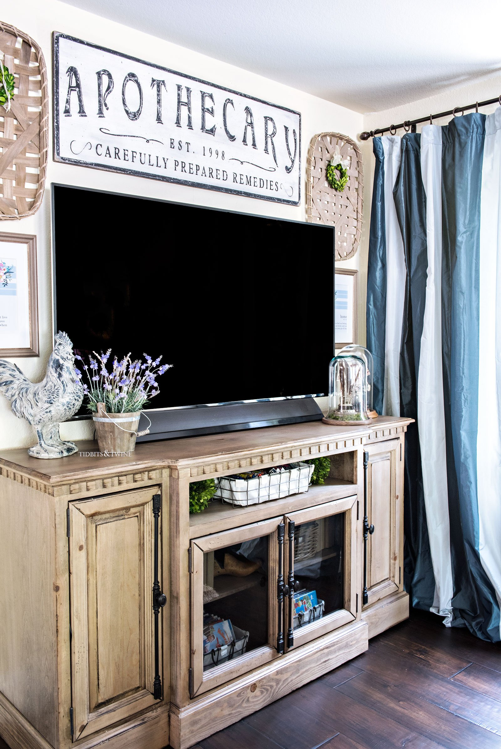 French Farmhouse Gallery Wall around a TV