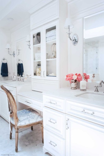 Decorating Made Easy: The Tricks You Need to Know to Decorate Like a Pro