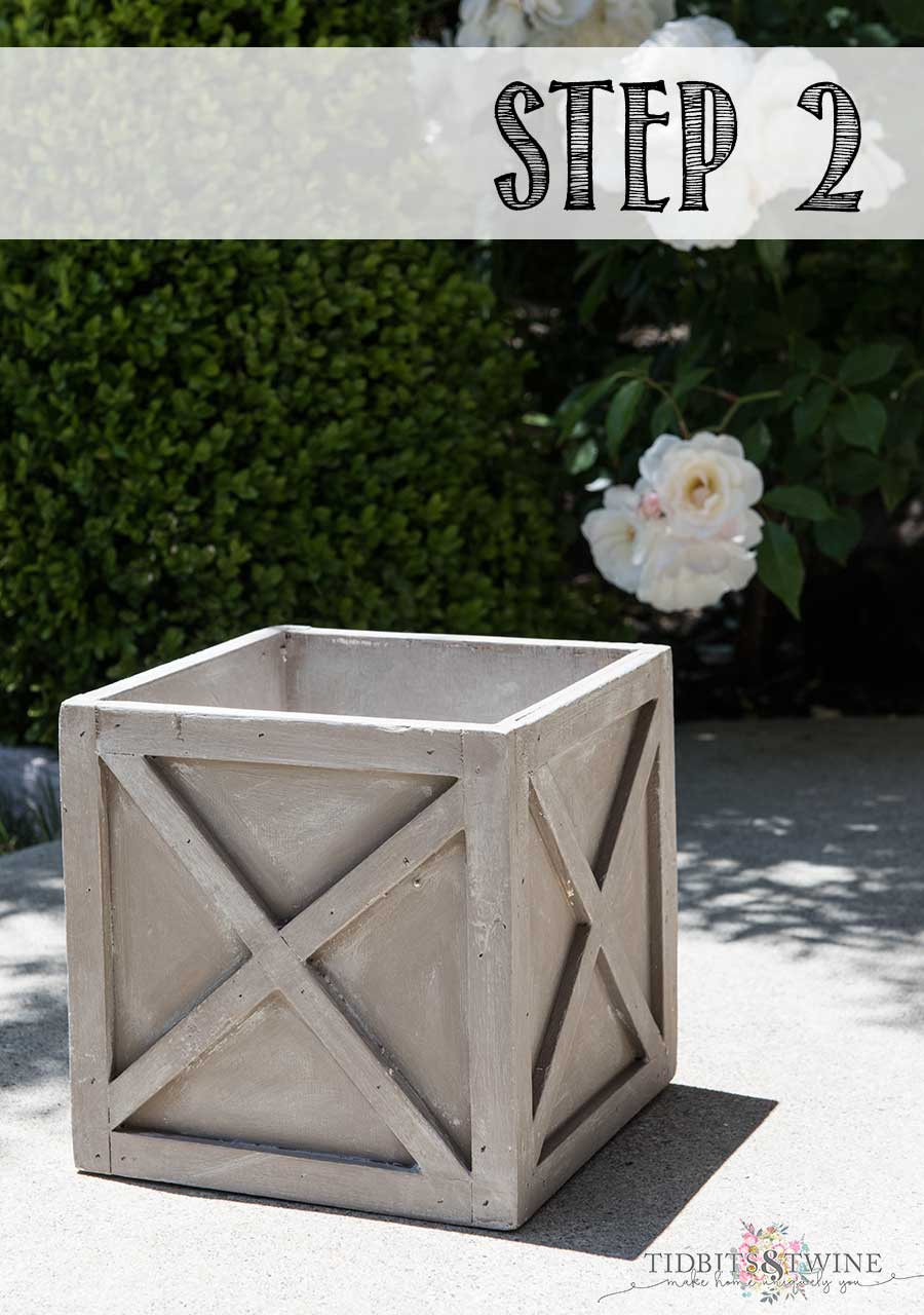 How to create a Restoration Hardware look using chalk paint: Step 2 of 3