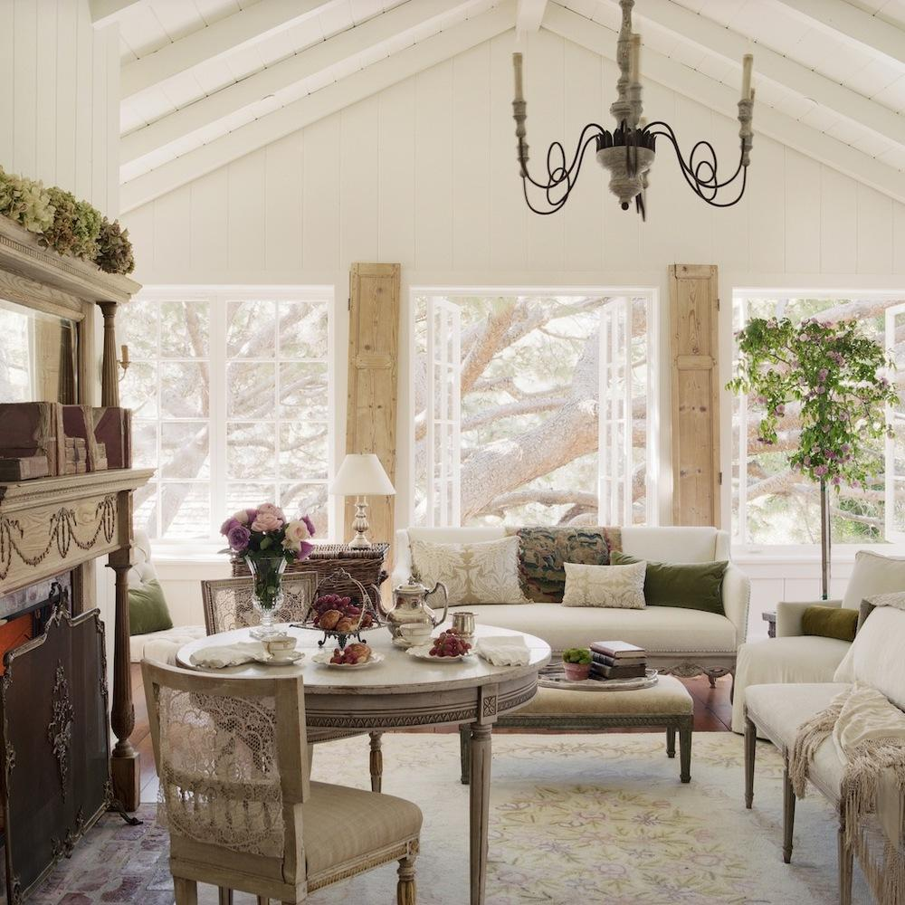 Tidbits and Twine - Brooke Giannetti living room with antiques