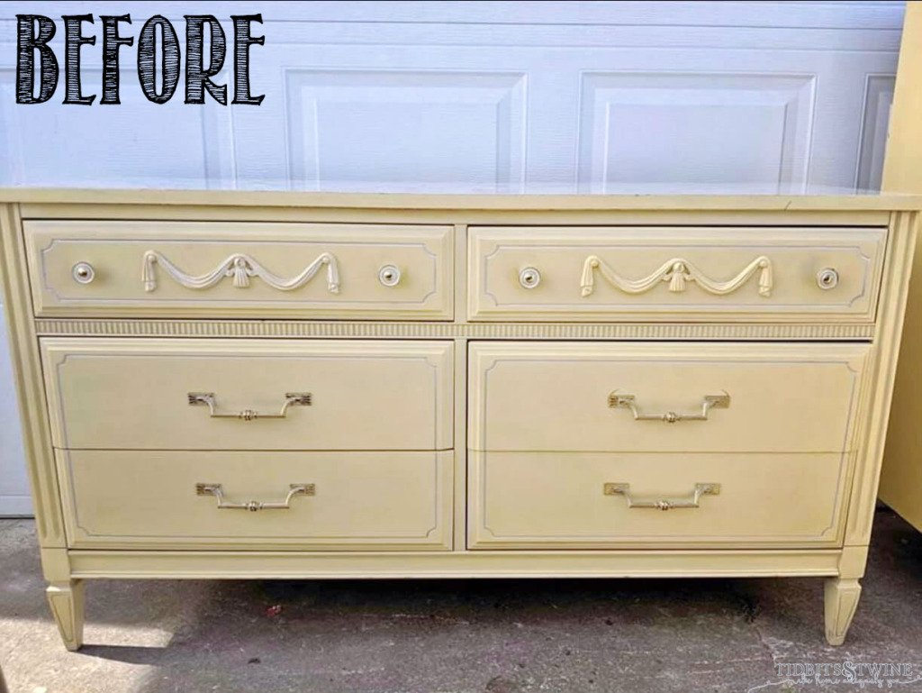 French yellow dresser with 6 drawers and swag only