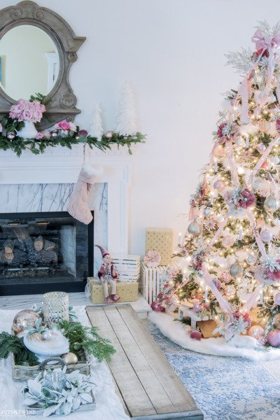 My Christmas Living Room Tour: Soft Pinks
