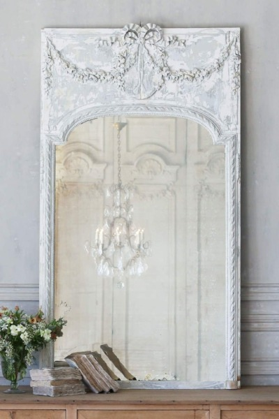 10 Beautiful French Country Mirrors