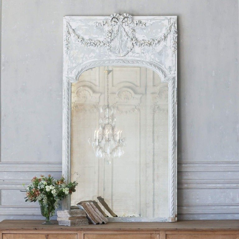 10 Beautiful French Country Style Mirrors