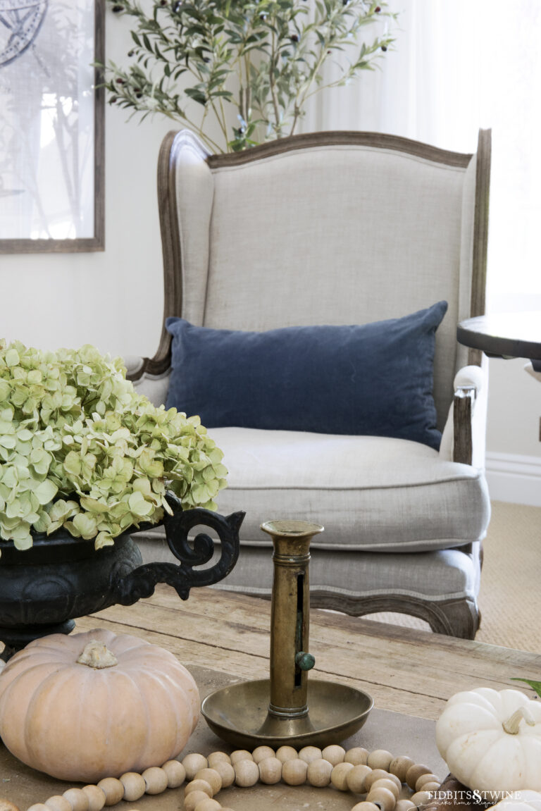 Home Tour: Fall Styling in the Living Room